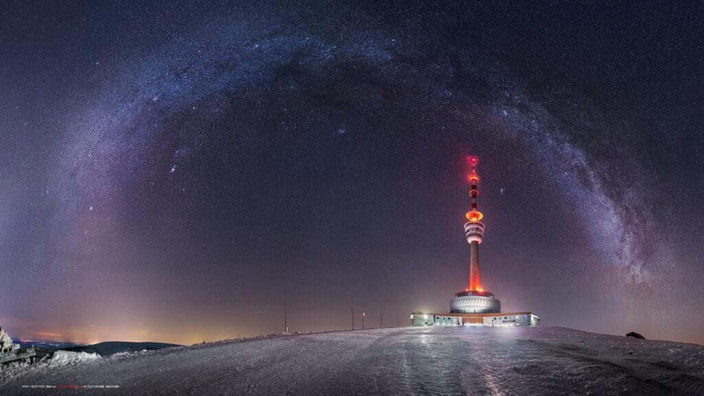 Praděd pod hvězdným nebem (foto: PhotoArt Martin Kotas)