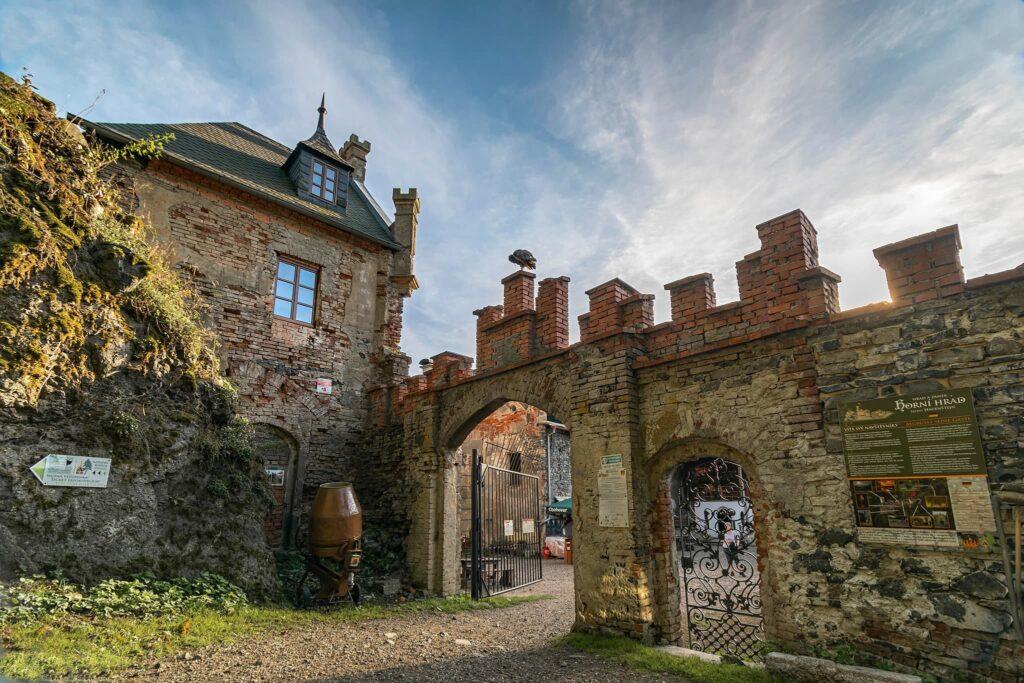 Horní hrad (Hauenštejn) (foto: Martin Namesny)